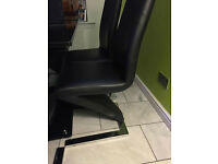 Black High Gloss Table and 6 Chairs