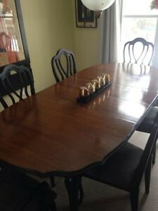 Dining table, Buffet Cabinet and 6 Chairs