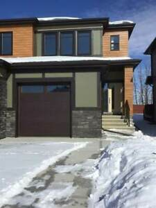 Multiplex for Sale in Spruce Grove,  ()
