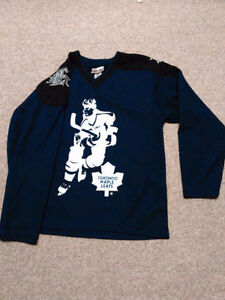 Maple Leafs Jerseys/Sweaters NHL Official /Roots Kids, Baby&Mens London Ontario image 2