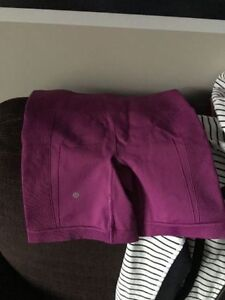 Lululemon Scuba Jacket, Shortss, Leggings Edmonton Edmonton Area image 4