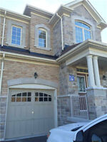 SEMI DETACHED FOR RENT IN NEWMARKET