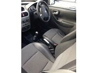Black 3 door Corsa 1.2 twinport SXI+