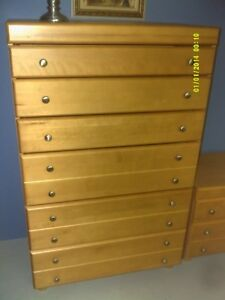 6 DRWAER AND 2 DRAWER DRESSER SET
