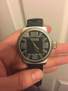 Watch Collection - Great Condition Gently Used- All Need Battery Kitchener / Waterloo Kitchener Area image 5