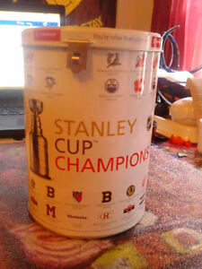 SCOTIABANK HOCKEY CLUB NHL Stanley Cup Champions PIGGY BANK 2009