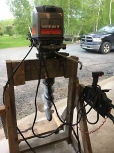 Very Good working 30 HP Mariner Outboard with Control