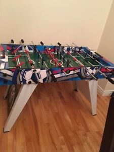 Foosball table in good condition - Almost new