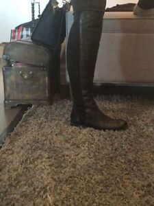 BRAND NEW FRANCO SARTO KNEE HIGH BLACK LEATHER BOOTS, AUTHENTIC