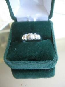 ADORABLE LITTLE STERLING SILVER BAND RING INSET with CUBIC GEMS
