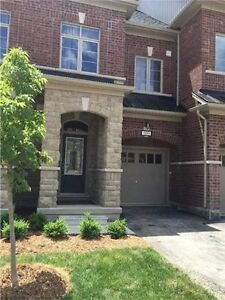 Luxury 3 Bdrm Townhouse at Major Mac & Dufferin in Vaughan!
