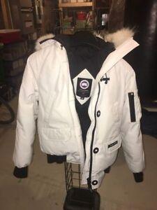White Canada Goose Chilliwack Jacket