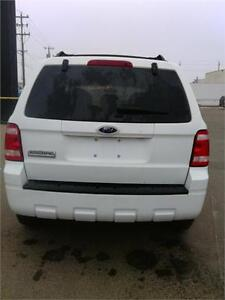 FORD ESCAPE CHECK IT OUT BEFORE IT SELLS!! FINANCING AVAILABLE! Edmonton Edmonton Area image 8