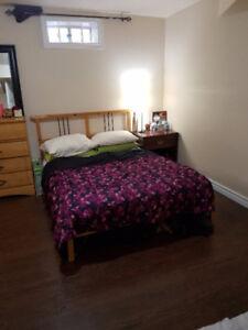 HUGE Bedroom+Study Area+Private Washroom+Walk in Closet+Parking