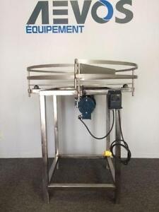 Table d'accumulation ronde 36'' et 48'' en acier inoxydable NEUVE *AEVOS*