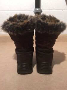 Women's Cougar Insulated Winter Boots Size 8 London Ontario image 4