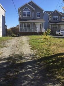 FIRST TIME! 3 bed house for rent avail on Dec-herring cove road