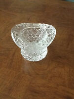 Top Hat Crystal Vase / Daisy and Button Design
