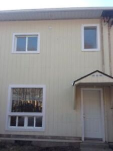 3 Bedroom Townhome For Rent in Elliot Lake.  Call to View.