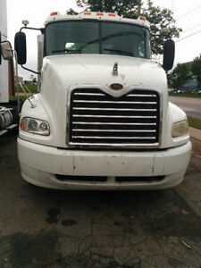 2006 Mack, 10 speed manual, Fleet truck