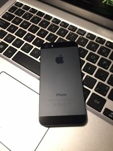 BLACK Apple iPhone 5 16 GB - BELL VIRGIN