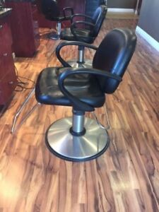 Hydraulic Hairstyling Chairs
