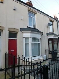 Well presented two bedroom terraced property on Ernests Avenue, Holland Street - £350 pcm