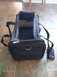 Pet carrier - 17x11x11.5