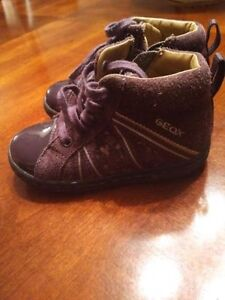 Girls Geox shore. Size 6.5 Kitchener / Waterloo Kitchener Area image 1