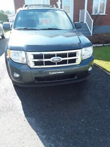 2009 Ford Escape V6 4WD VUS