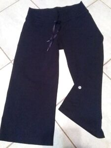 Lululemon Groove Wide Leg Yoga Pants Size 6 S-M