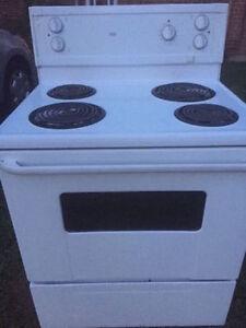 Cuisiniere / four / oven / stove / poêle