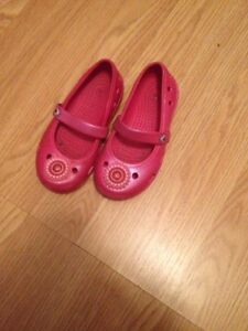 Girls size 9 shoes