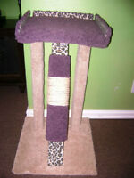 New Large Handmade Kitty Kat Elevated Bed & Scratching Post: