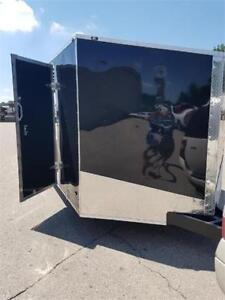 NEW 2019 8.5X20+3FT V NOSE ENCLOSED CLEAROUT 1 LEFT AT THIS PRIC