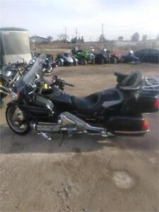 2003 HONDA GOLDWING **OFFERS ACCEPTED & FINANCING AVAILABLE**