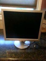 """17"""" AVG LCD monitor"""