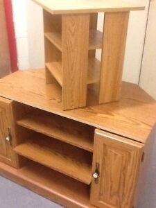 TV stand/cabinets (holds up to 240 lb), bath scale Kitchener / Waterloo Kitchener Area image 5
