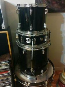 Drum westbury with cymbals and mounts
