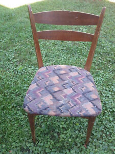 Sweet Retro Sturdy Solid Mahogany Chair!! Kitchener / Waterloo Kitchener Area image 1
