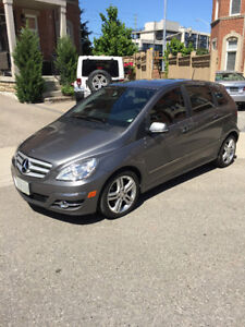 2010 Mercedes-Benz B-Class Leather Hatchback
