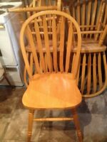 Wooden table 6/chairs