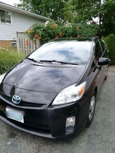 2010 Toyota Prius - winter tires on rims and safety included