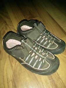 Girls Nevada Shoes Size 11