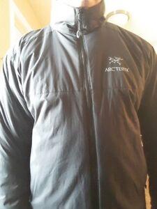Large Men's Arcteryx Atom AR Jacket