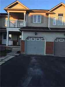 Gorgeous 3 Bedroom Townhouse - North Whitby