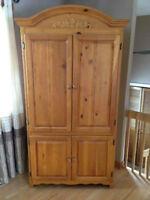 Meuble armoire télé bois / mélamine