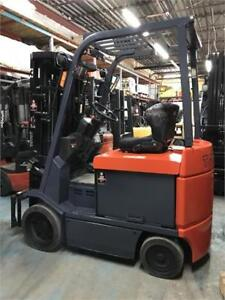 Chariot elevateur Toyota 2010 used forklift 5000 Lbs electrique