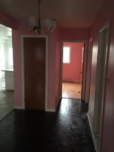 5 and half for rent in Lasalle ASAP West Island Greater Montréal image 10