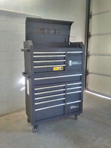 "Tool Box/Chest 42"" Mobile 16 Drawer"